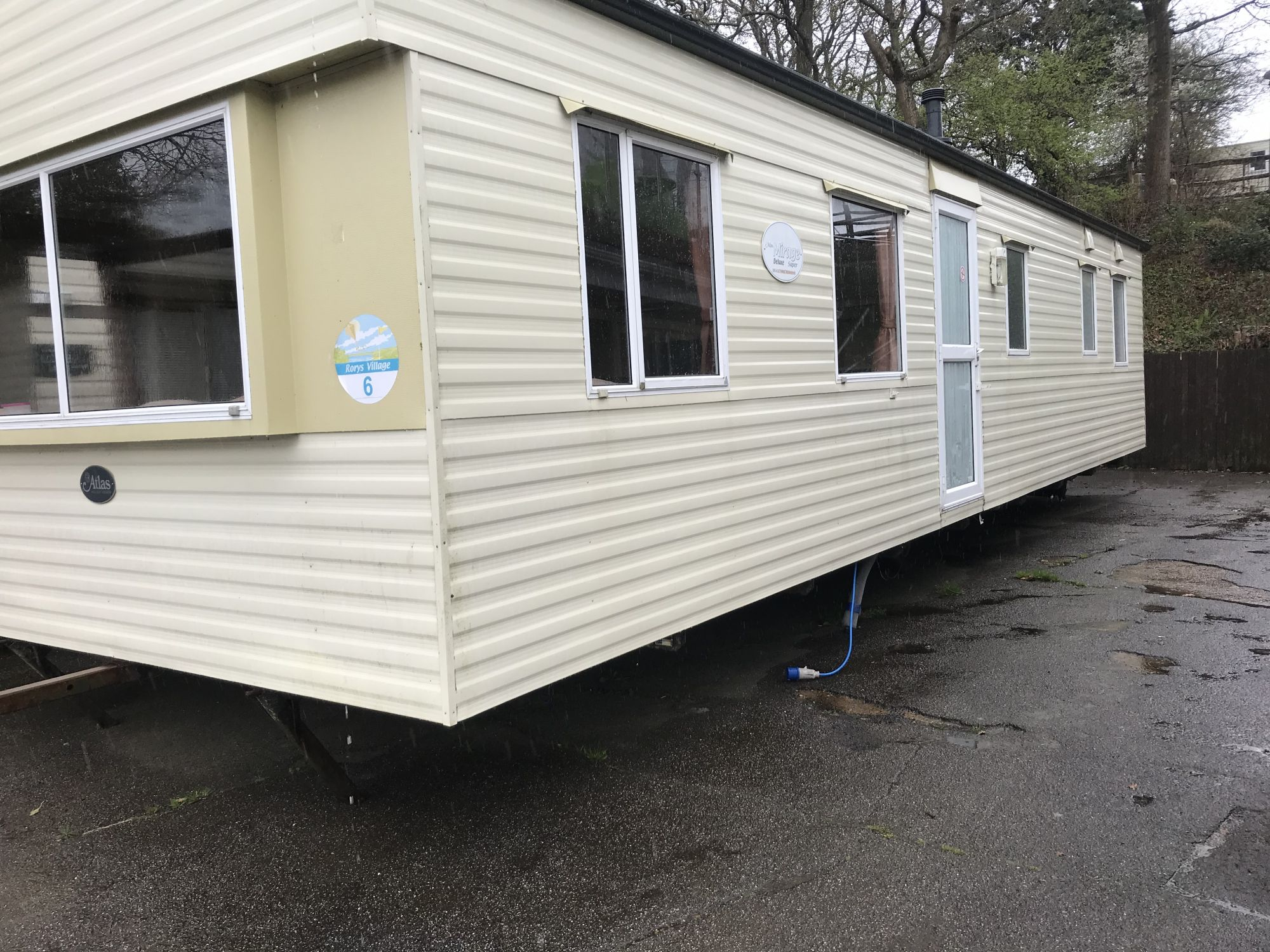2008 Atlas Mirage 37/12-3 bed