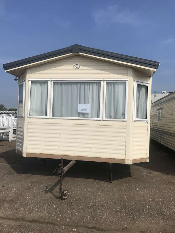 2007 BK Savelle 36x12 2 bed