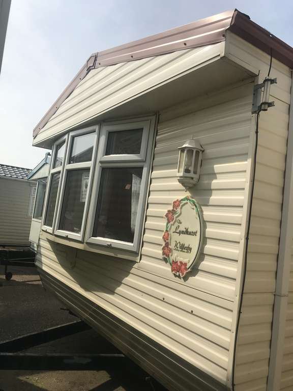 2003 Willerby Lyndhurst 37x12 2 bed